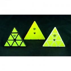 X.Man Pyraminx Magnético Negro